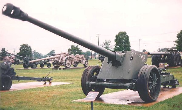 World War 2 Guns And Weapons. WORLD WAR 2 GUNS AND WEAPONS
